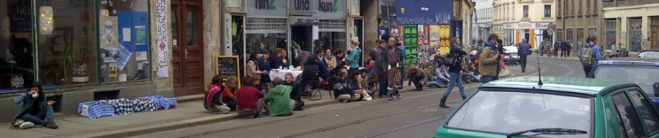zum Straßenfest am 04.05.13 gefährliche Straßenbesetzung